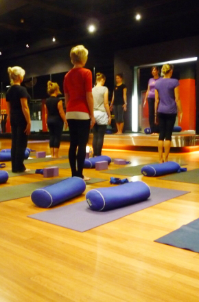 byron-yoga-teach-the-yoga-room