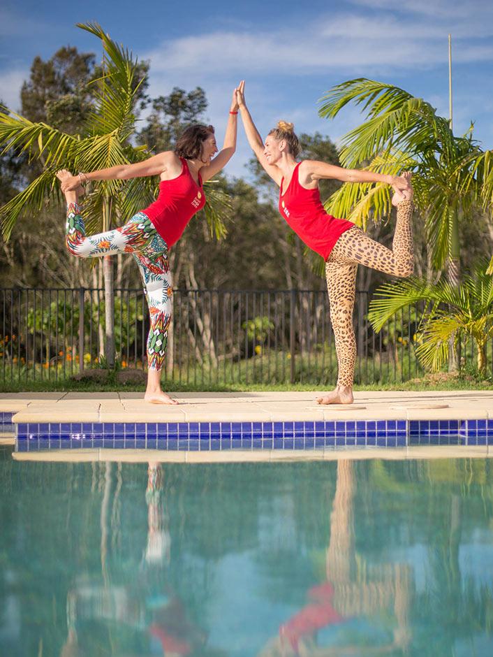 byc-tab-dav-pool-dancer