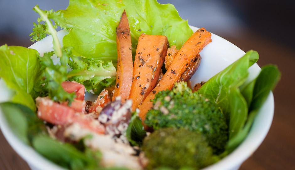 byron-yoga-food-lunch