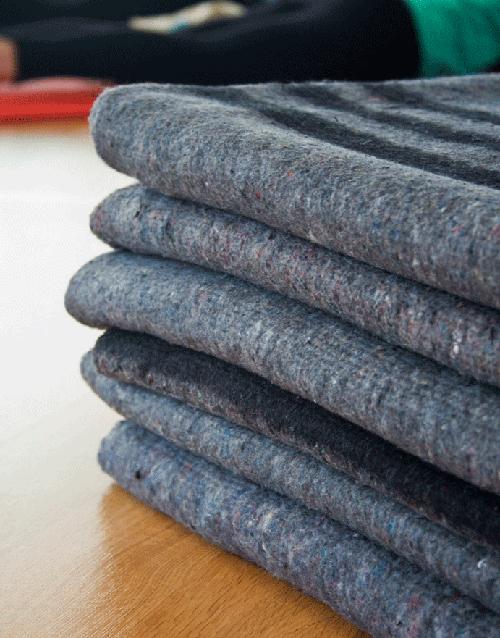 byron-yoga-blankets-2