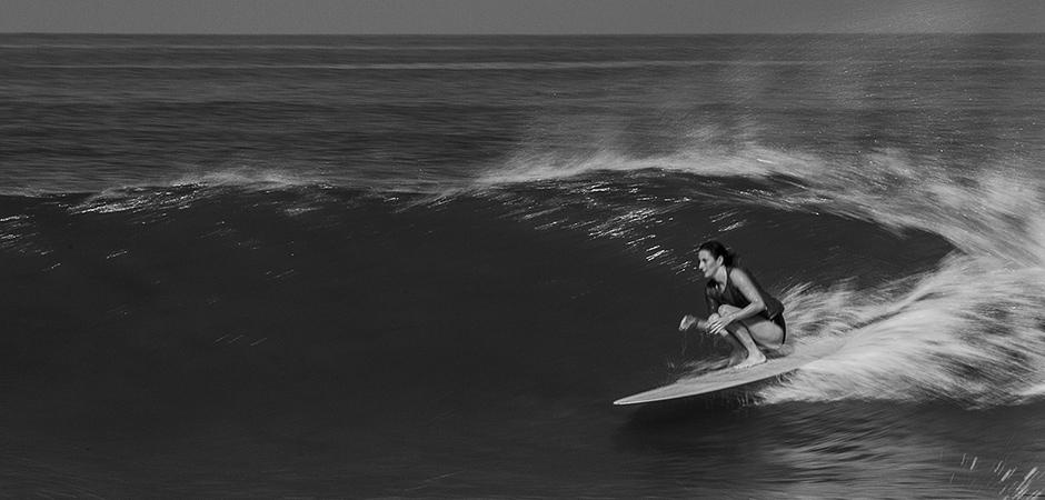 byron-yoga-maddie-surf