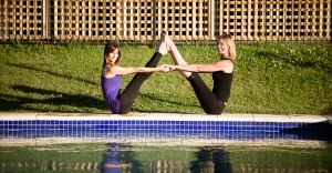 byron-yoga-pool-yoga-4