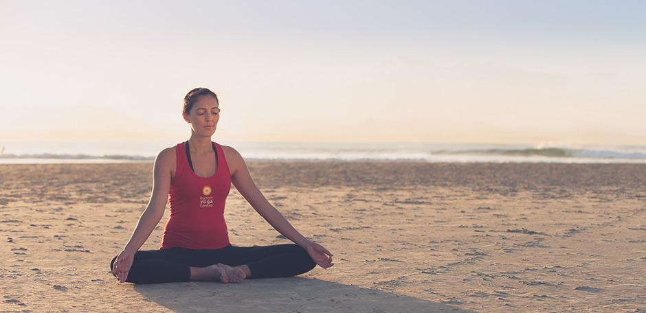 byron-yoga-tabata-beach