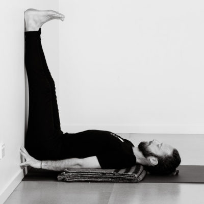 salamba sarvangasana supported shoulder stand  byron yoga