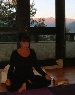 judy-meditating-in-bhutan.jpg
